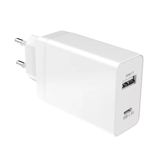 Pd 30W 5V3a 9V2a, 12V1.5A 5V2.4A USB Port Quick Charger for Mobile Phone and Pad