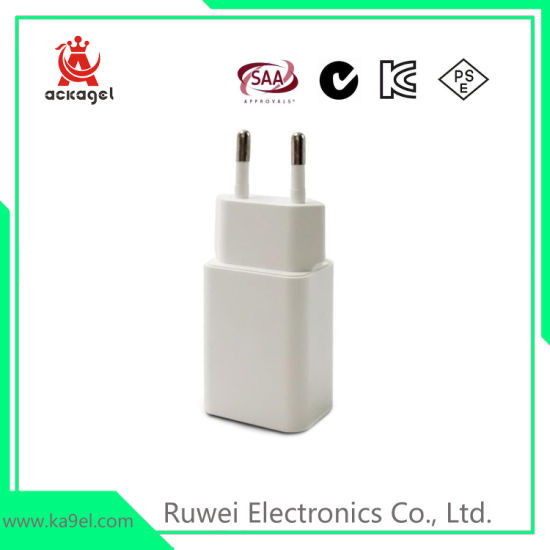 Mobile Phone Accessories USB Charger Power Adapter Ce RoHS