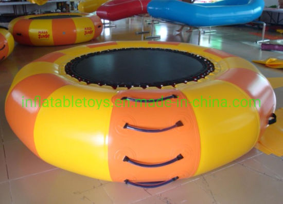 Inflatable Floating Water Jumping Bed / Inflatable Trampoline for Sale pictures & photos