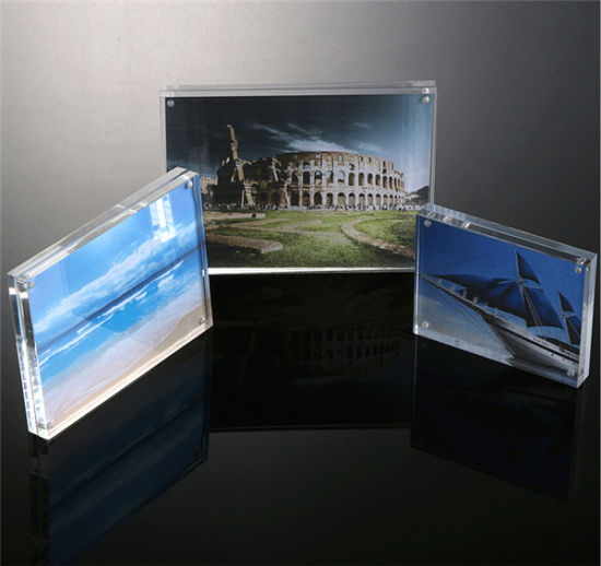 China Customized Clear Magnetic Acrylic Photo Frames 5x7 Picture