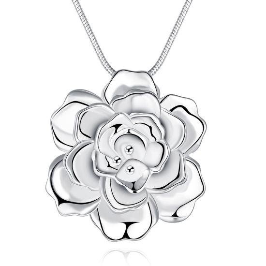 Romantic Flower Shape Pendant Necklace Sterling Silver Color Wholesale Jewelry Necklace