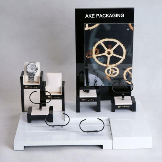 Wholesale Wodoen Acrylic PU Leather Luxury Jewelry Display Stand