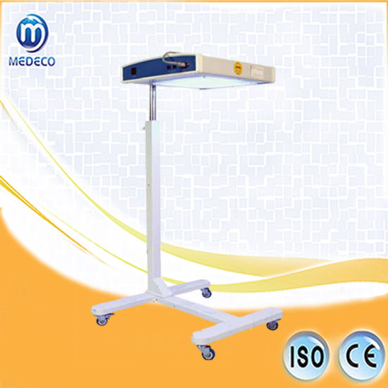 Blue Fluorescent Lamp (Blue-Ray Therapy Machine for Newborn CLQ-2) pictures & photos