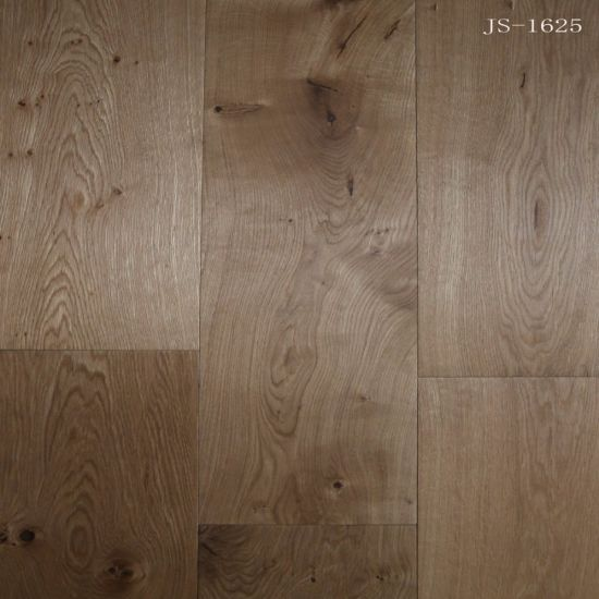 China Hot Sale Householdcommercial Engineered Oak Wood Flooring
