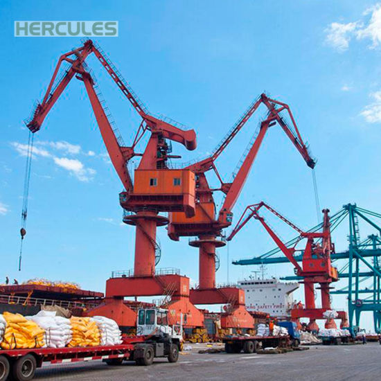 Harbor Using 60 Ton Pedestal Remote Control Crane pictures & photos