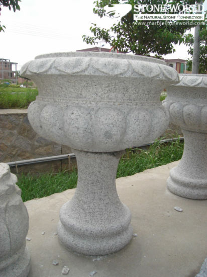 Natural Granite Stone Table & Chair for Garden Decoration (CT09)