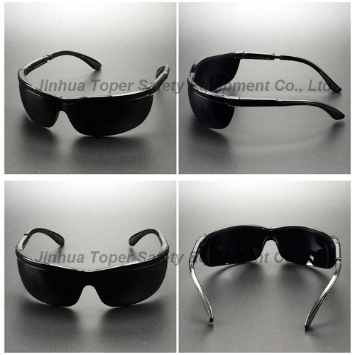 Adjustable Nylon Frame Soft Tips Safety Goggles (SG109) pictures & photos