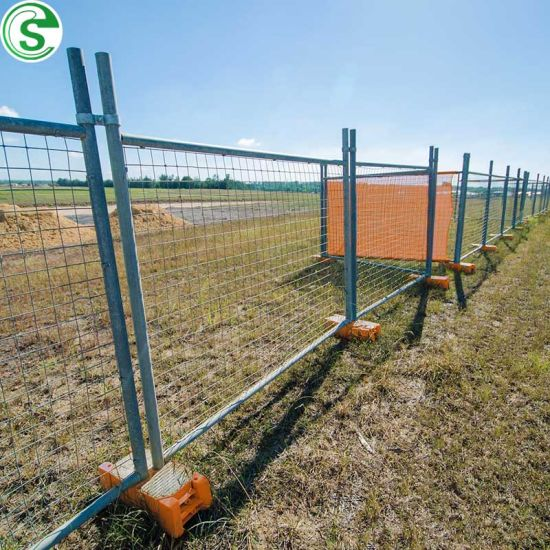 HDG Wire Mesh Panel Plastic Foot Temp Fence for Construction