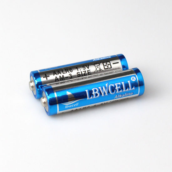 Wholesale New 1.5V Non Rechargeable 10 Years Shelf Life AA Lr6 Am3 Am4 Um3 Um4 Alkaline Dry Battery for Toys Remote Control Camera