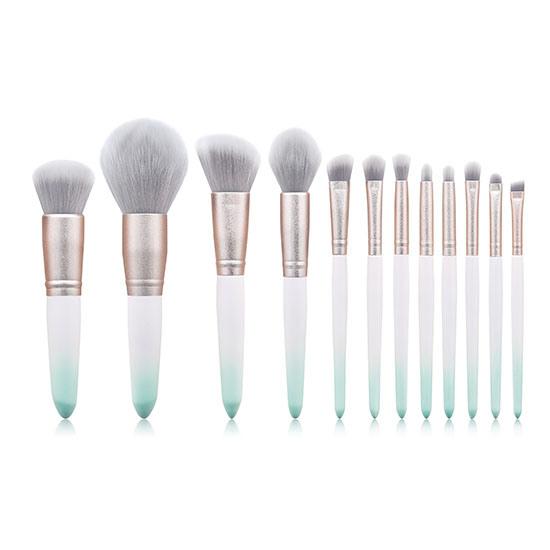 Newest Luxury Custom Logo Free Sample Makeup Brush Kit