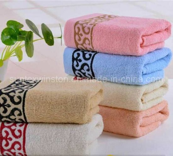 100% Cotton Towels / Face Towels/ Velour Printed Towels pictures & photos