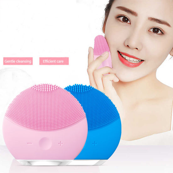 2019 Exfoliators Sonic Silicone Facial Cleansing Brush Silicone Face Mask Cleaning Brush pictures & photos