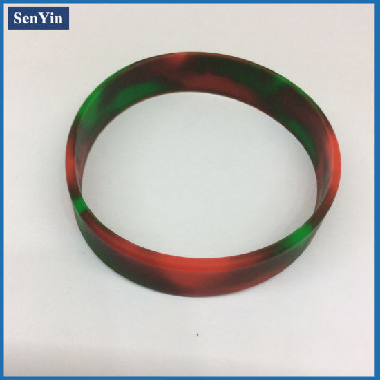 Mixed Color Camouflage Custom Mass Production Silicone Bracelet pictures & photos