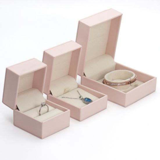 Luxury Custom Pink PU Leather Hinged Jewelry Box Packaging with Velvet Interior pictures & photos