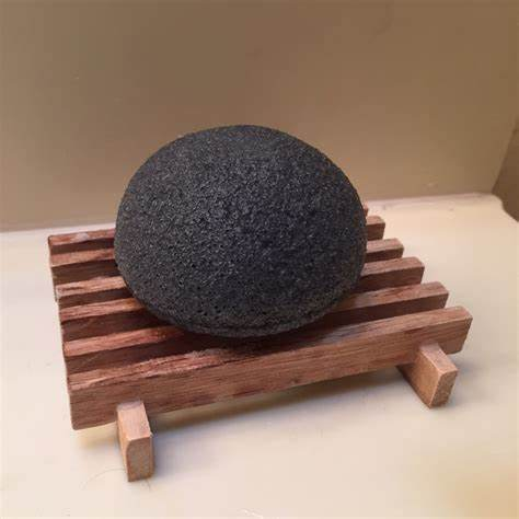 Xyn Bamboo Charcoal Konjac Sponge pictures & photos