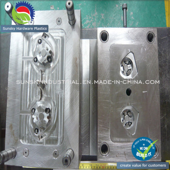 Custom Aluminium Die Casting Die for Injection Mold / Mould (DC26013) pictures & photos