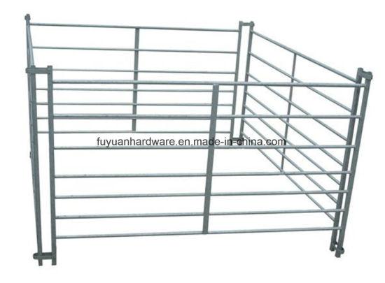 China Hot DIP Galvanized Steel Hurdle Frame Farm Gate - China Farm ...
