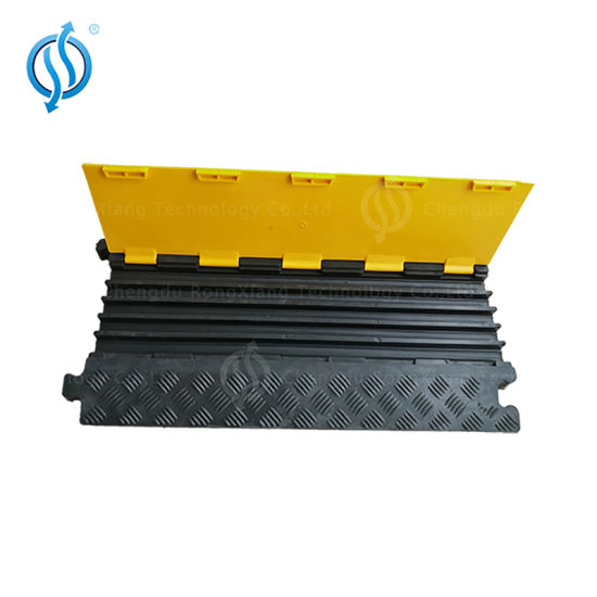 Hot Sell 5 Channel Flexible PU Plastic Floor Cable Protector