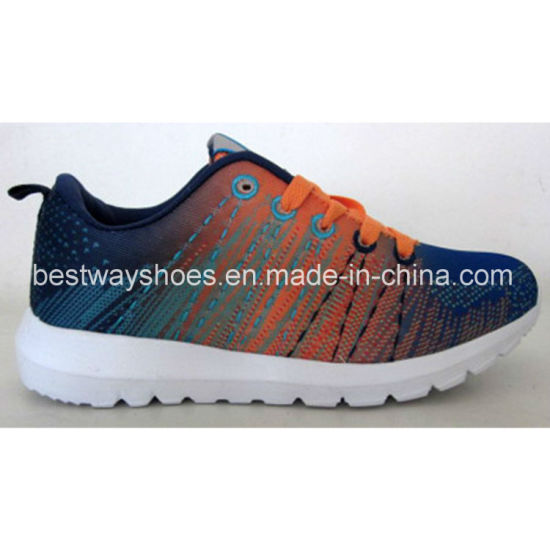 Sport Shoes Kids Shoes with Flyknit Upper