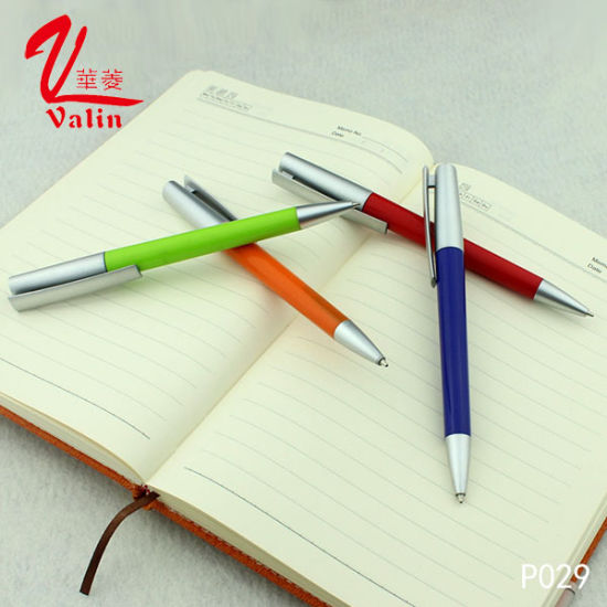 Office Supplies Wholesale Promotional Gift Plastic Pen pictures & photos