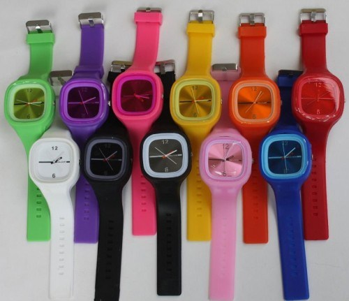 Wholesale New Design Changeable Face Silicone Jelly Watch pictures & photos