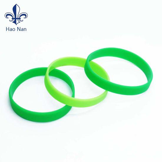 Hot Sale Custom Promotional Gift Silicone Bracelet/Silicone Wristband