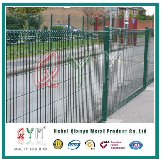 China Brc Weld Mesh Panel Fence / Roll Top Decorative Wire Fence ...