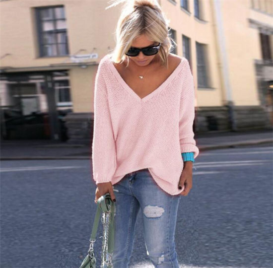 Autumn Fashion Women V-Necked Long Sleeve Loose Sweater pictures & photos