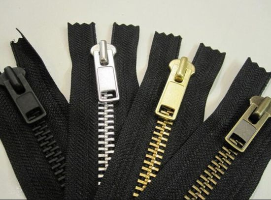 Metal/Metallic Zipper, China High Quality Metal Zipper pictures & photos
