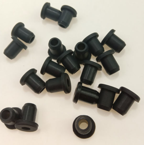 Top Hat Customized Molded Silicone EPDM NR Rubber Grommet pictures & photos