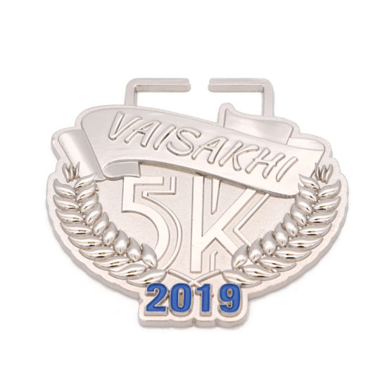 Custom Medals Wholesale Cheap Metal Logo 3D Round Running Sports Medal pictures & photos