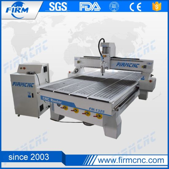 Good Quality and Price 1325 Woodworking Engraving CNC Router Machine pictures & photos