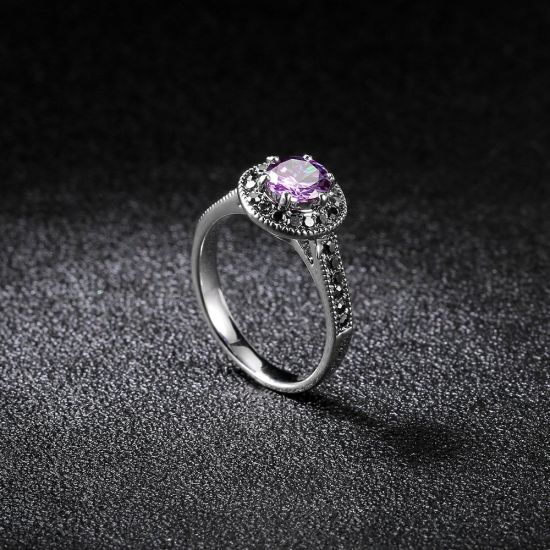 Fashion Simple Design Jewelry Finger Ring with Purple Stone pictures & photos