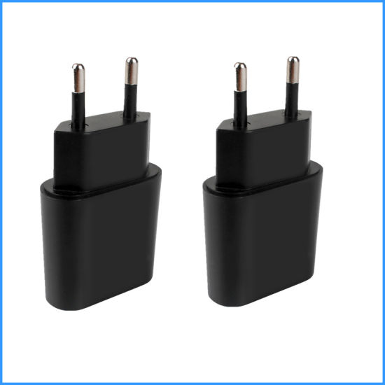 Wholesale 5V 1A Enough Current Us EU Plug USB Flat Wall USB Charger with 3c Mobile Phone