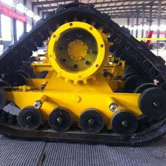 Medium Rubber Track System (400-904A) for 904 Tractor pictures & photos