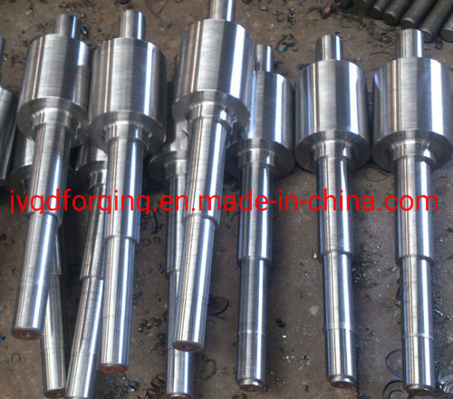 Closed Forging SAE4340V 42CrMo4V Steel Pinion Shaft pictures & photos