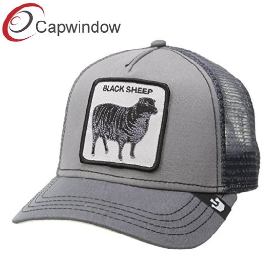 916fa8119d7be China 5 Panel Trucker Hat Mesh Baseball Cap with Custom Woven Patch ...