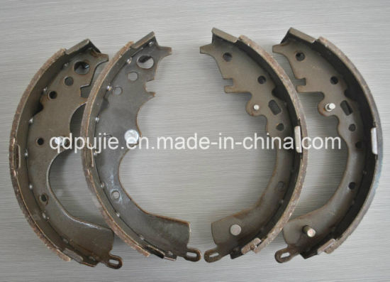 Good Price OEM 583051ga00 Car Brake Shoe for Toyota pictures & photos
