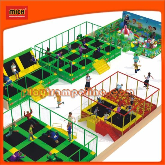 China Factory Cheap Price Large Amusement Park Indoor Trampoline