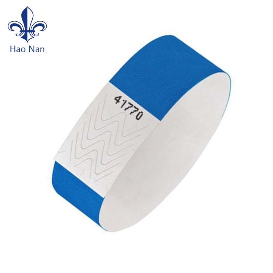 Fashion Personalized Wholesale Cheap Custom Tyvek Wristband pictures & photos
