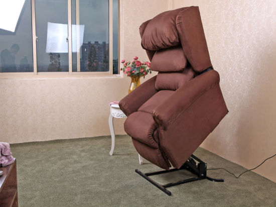 Massage Lift & Recliner Chair for Old People pictures & photos