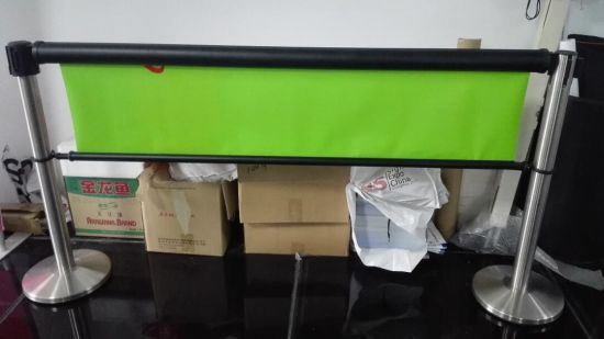 Queue Barrier with Roll Hanger