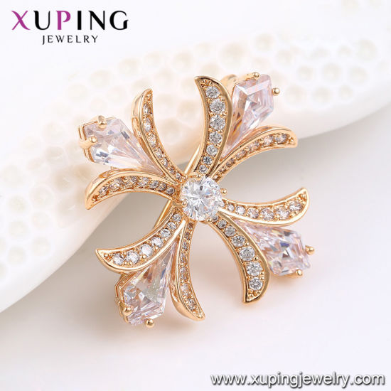 00030 Fashion Elegant Flower Crystals From Swarovski Jewelry Brooch in Gold-Plated pictures & photos