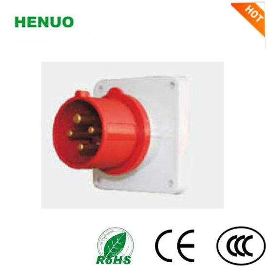 Ceeform/IEC International Standard IP44 IP67 Panel Mounted Industrial Plug pictures & photos