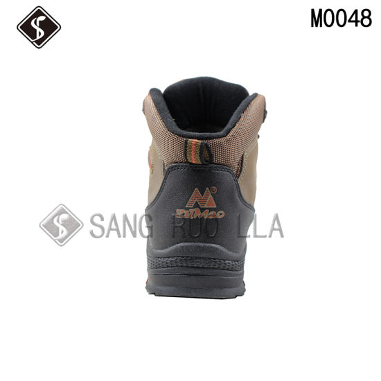 Skin Leather Men Outdoor Climbing Shoes and Boots pictures & photos