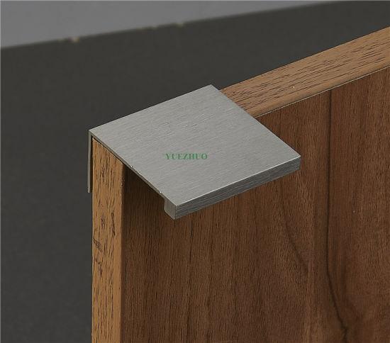China Aluminum Furniture Drawer Edge Handles Brushed Kitchen Cabinet on
