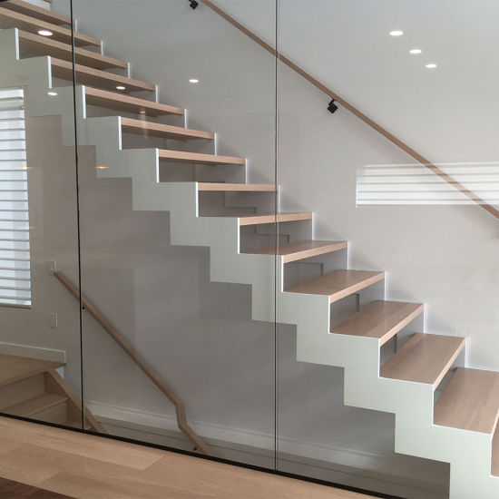 China Wooden Cantilever Staircase Designs for Homes - China