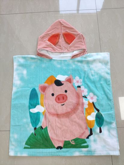 Digital Printed Children Towel Poncho Pig pictures & photos
