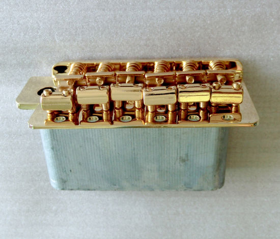 Steel Saddle Gold Strat Guitar Tremolo with Full Size Block