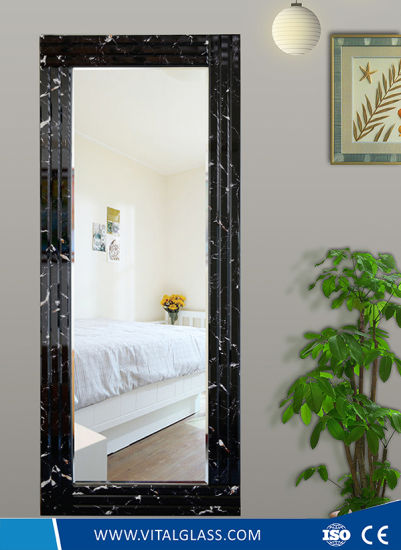 Beveled Edge Frame Copper and Lead Free Silver Dress Mirror with Ce Certificate pictures & photos